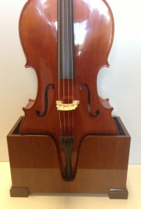 InstrumentStand_Cello